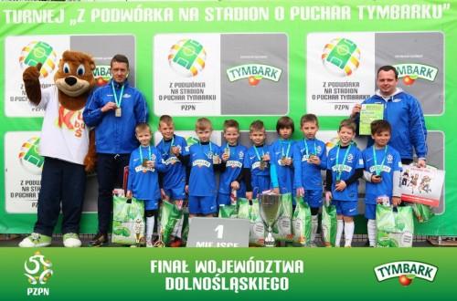Zwycięska drużyna chłopców U-8 Fundacja Olympic Wrocław (fot. A.Kraszewski)