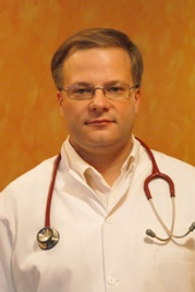 dr Arkadiusz Miller (lekarz internista Grupy LUX MED)